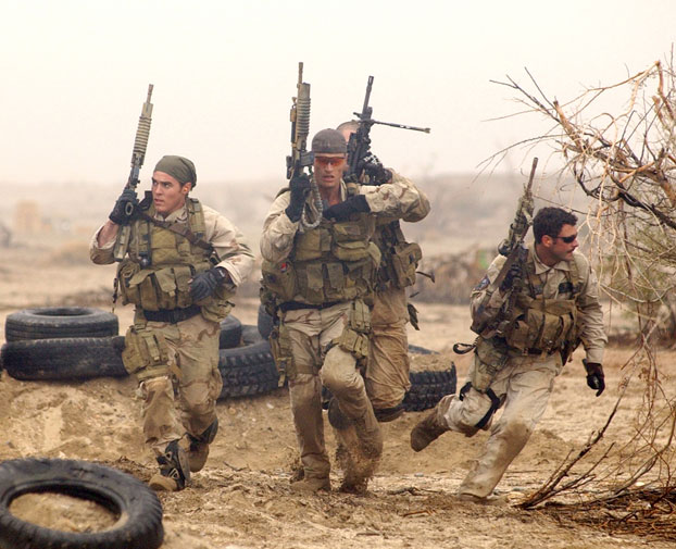 navy-seals-desert-training